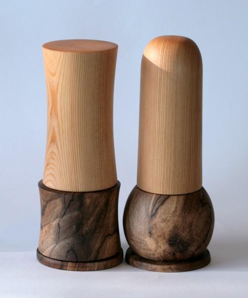 Universalmühlen-Paar aus Kiefer und Walnuss-Maserholz Paar Nummer 1